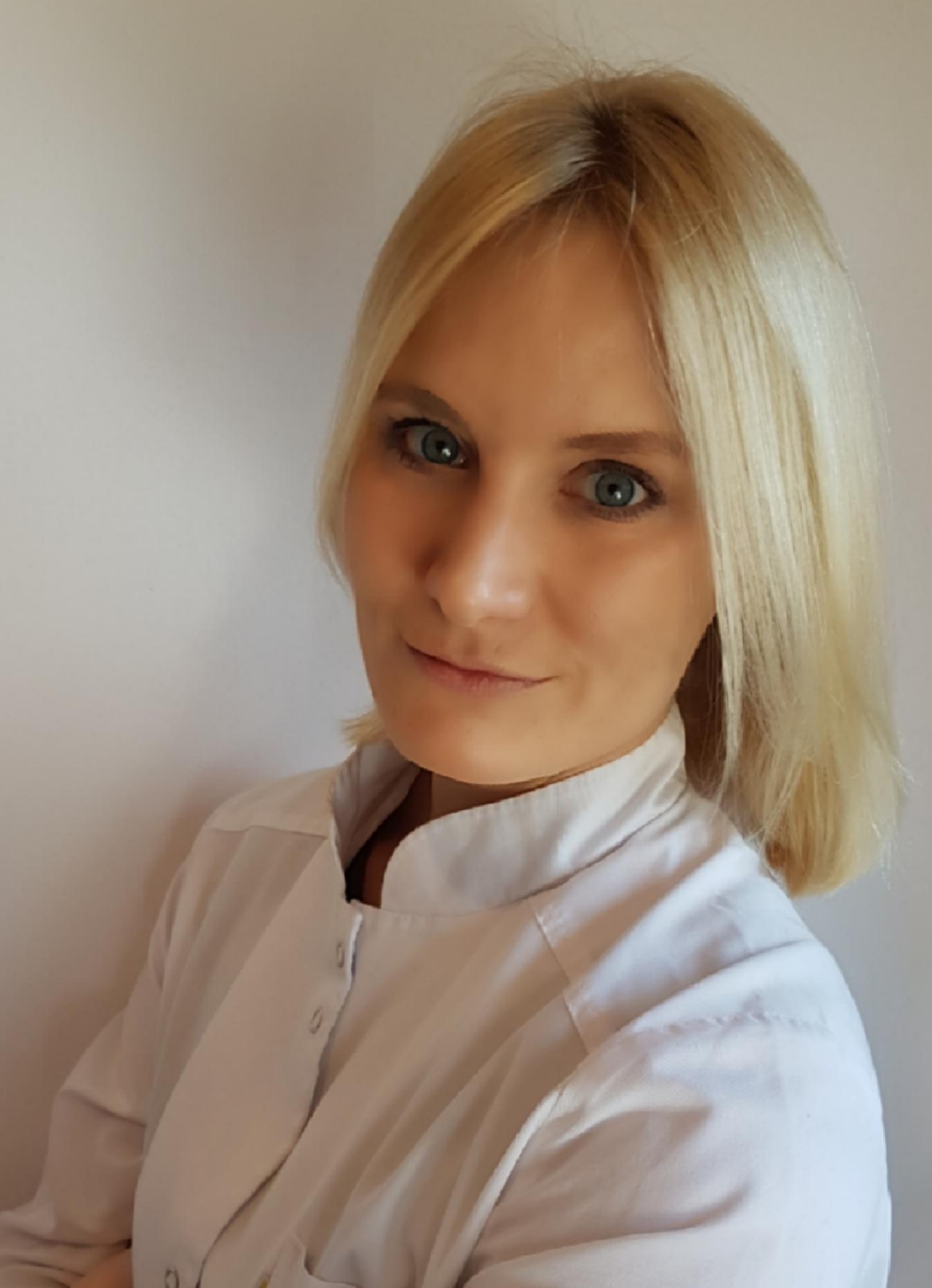 lek. stom. Agata Bąkowska